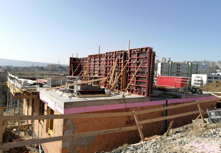 Fotografia - Výstavba – Hrubá stavba 8