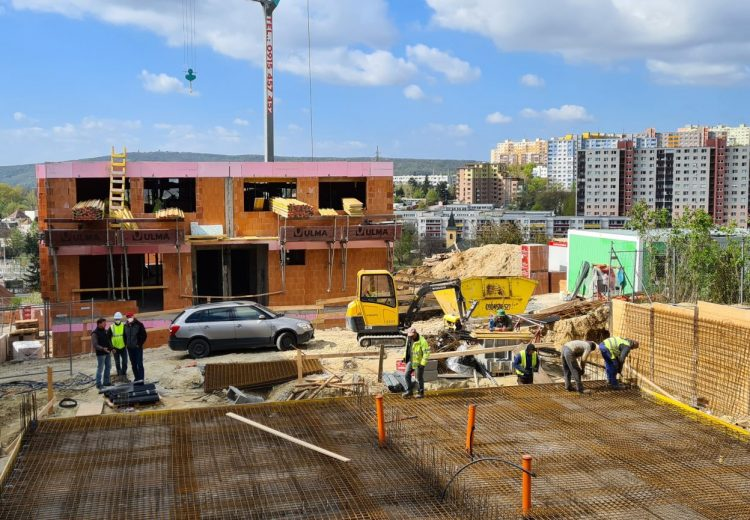 Fotografia - Výstavba – Hrubá stavba 12