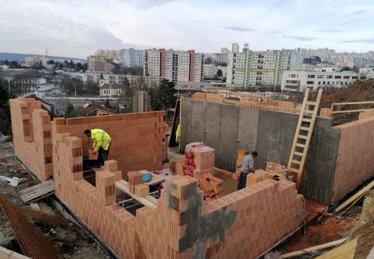 Fotografia - Výstavba – Hrubá stavba 2